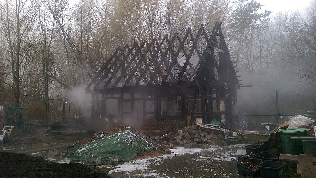 abgebranntes Fachwerkhaus