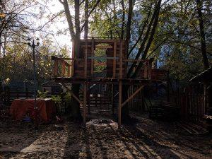 Neues Baumhaus fast fertig