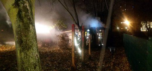 Brand im Baumhaus