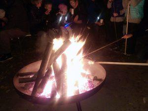 Knüppelkuchen backen am Lagerfeuer