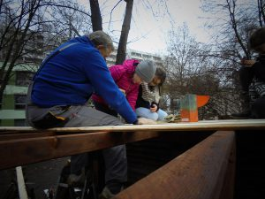 Wiederaufbau des Baumhauses